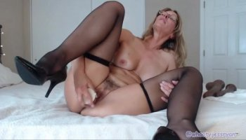 Pervert angrily fucks Peyton and Sienna after catching them in crime